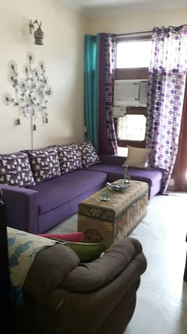 Cosy room with a small courtyard - Sahibzada Ajit Singh Nagar - Haus