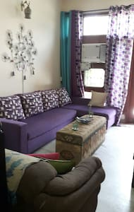 Cosy room with a small courtyard - Sahibzada Ajit Singh Nagar