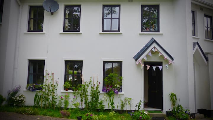 Cute Townhouse in Centre of Kinvara Village