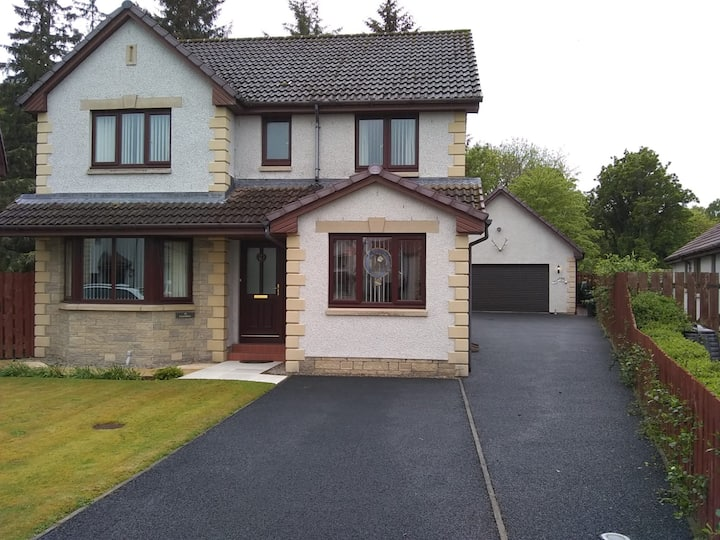 Easabhal - 39 Holm Dell Road, Inverness