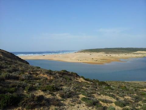 Maria Casa da Praia da Bordeira