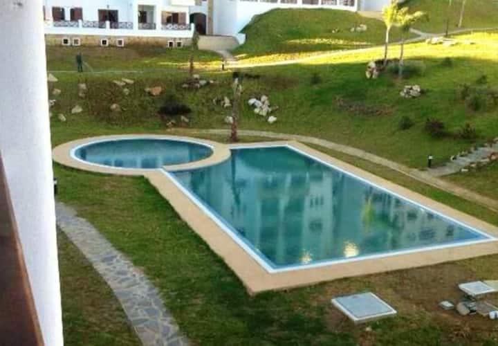 Appartamento con 2 stanze a Tetouane, con accesso alla piscina e giardino recintato