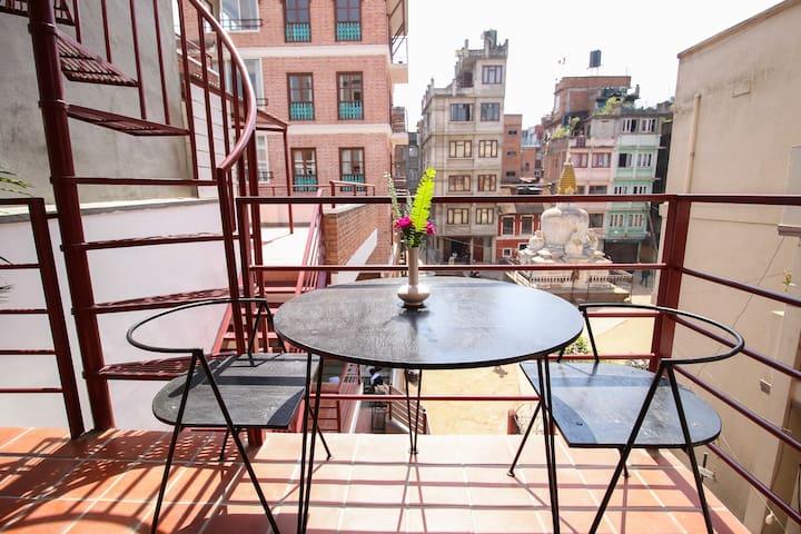 Stupa view cutie Duplex near Patan Durbar Square