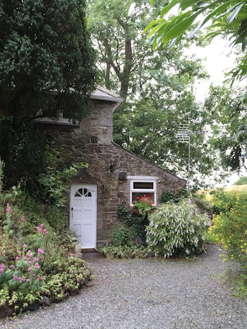 Cosy flatlet hidden in Gaerwen - Gaerwen - Appartement