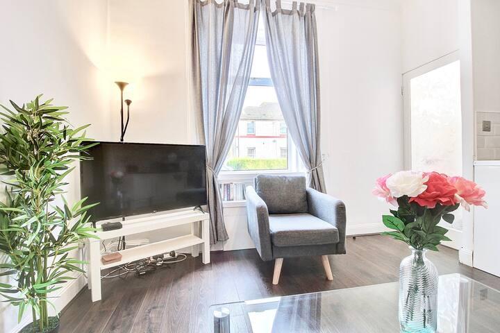 Ground Floor Apartment Near Loch Lomond