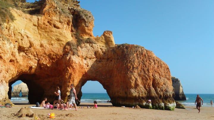 app.T1 proche plage très jolie vue à Alvor Algarve