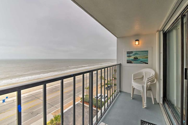 Beachfront Condo, Spectacular 7th Floor Views!