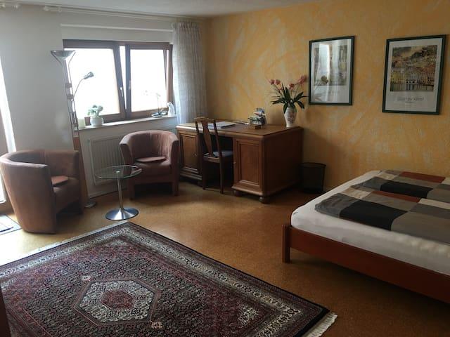 Ferienwohnung Bei Franka mit Sauna, (Freiburg), Ferienwohnung Bei Franka mit Sauna, 50qm, Wohn-/Schlafbereich, max. 3 Personen