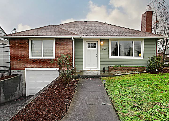 Charming Home with Central Location