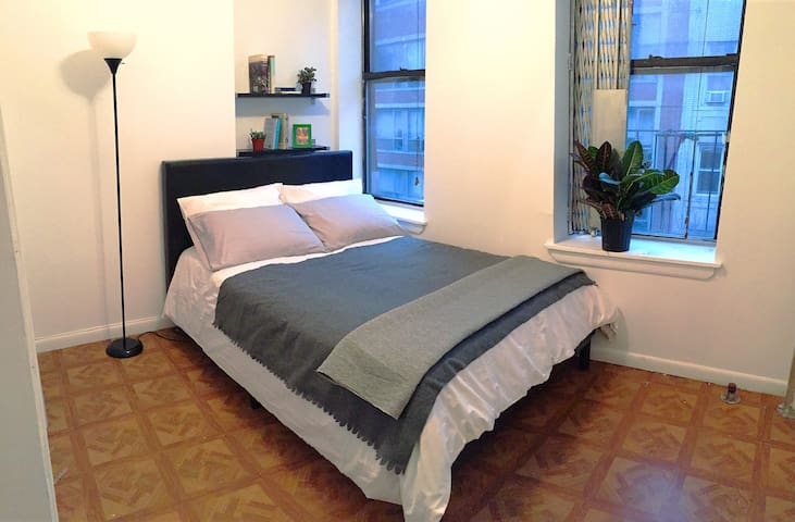 Big Artist 1BR Apt @ LowerEastSide - Nova Iorque - Apartamento
