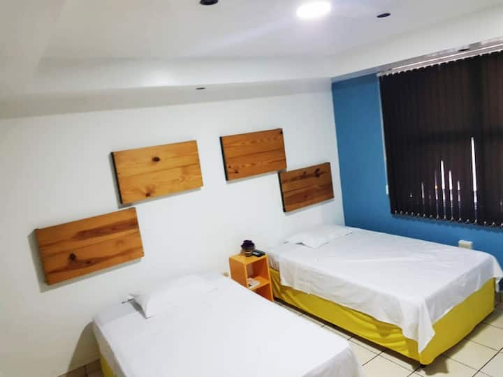 Habitacion Triple (3 Persons camas individuales)
