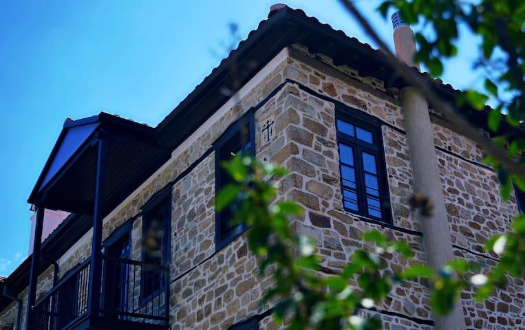 Αρχοντικό Χοροστάσι - Arnea - Apartament