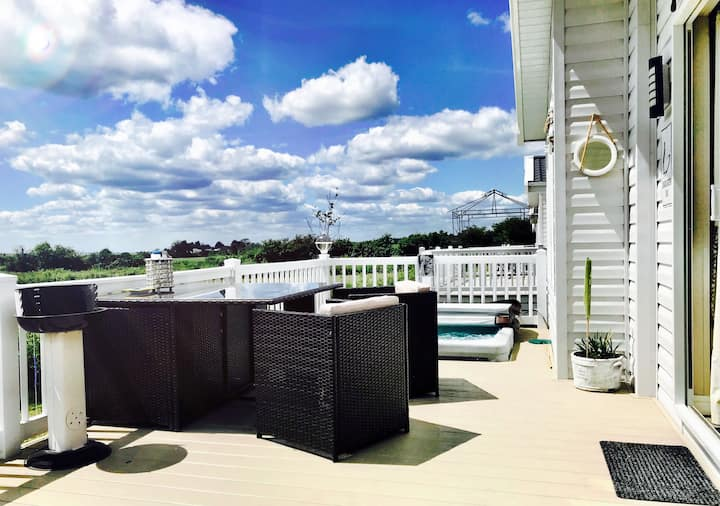 Lola's Luxury Holiday Lodge - beautiful sea views