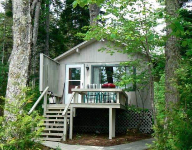 The Boathouse Freshwater Cottage Near Acadia Park
