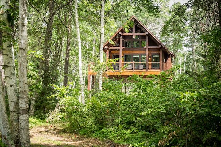 Crosslake Treetop, Bears Den