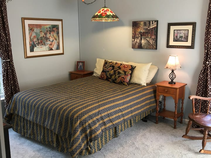 Remodeled Guest Retreat minutes from I-95
