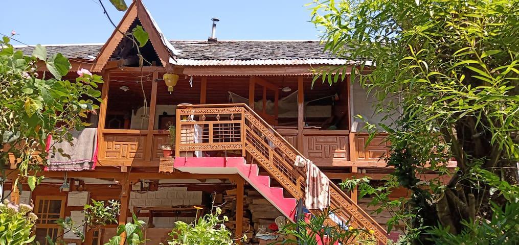 Krishna's Traditional Homestay