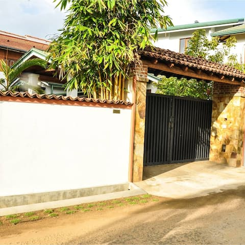 Surathura homestay (hiritage cottage)