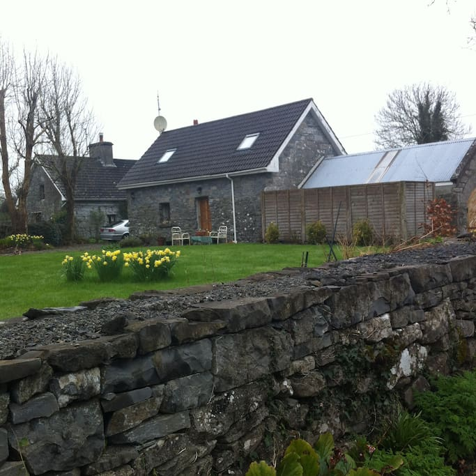 cottage near headford and cong maisons louer galway. Black Bedroom Furniture Sets. Home Design Ideas