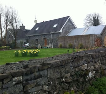 Cottage Near Headford and Cong - Galway - Dům