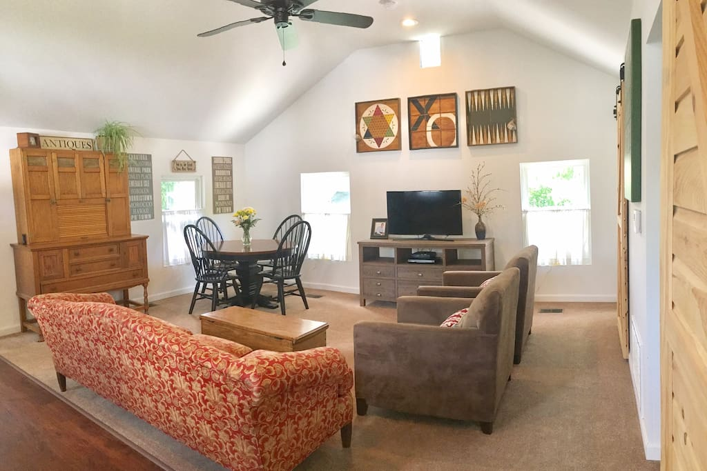 Barn doors, vaulted ceilings and all new!