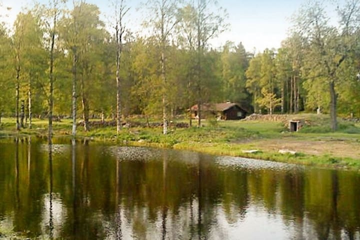6 person holiday home in LENHOVDA