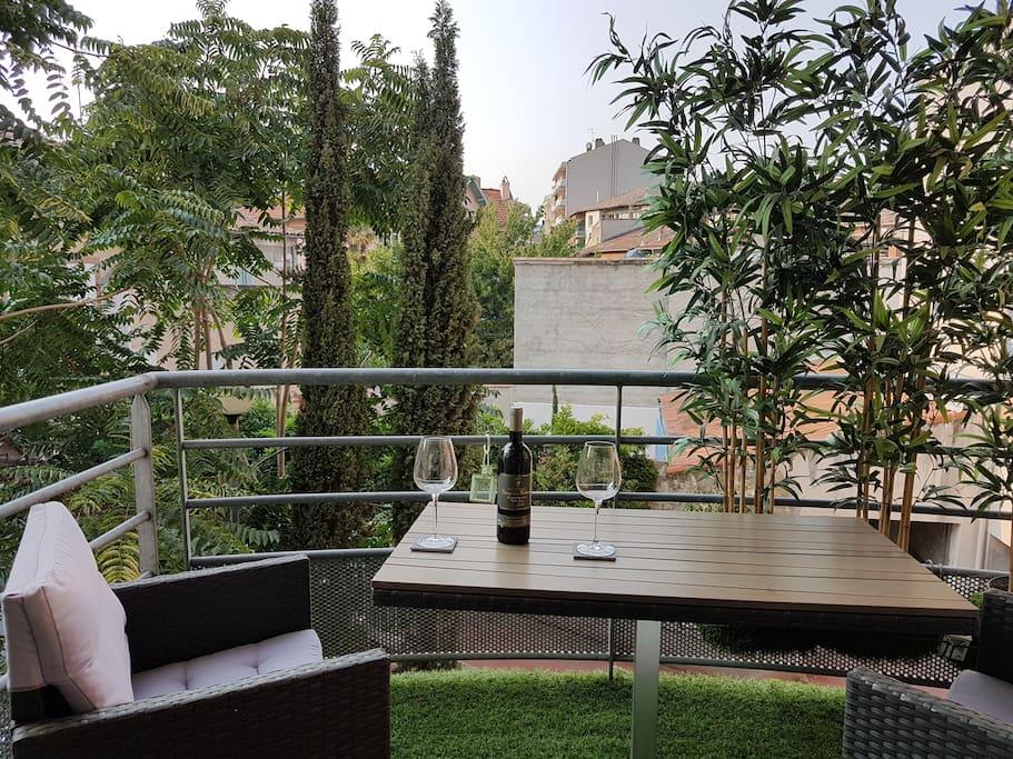 Petite terrasse avec salon