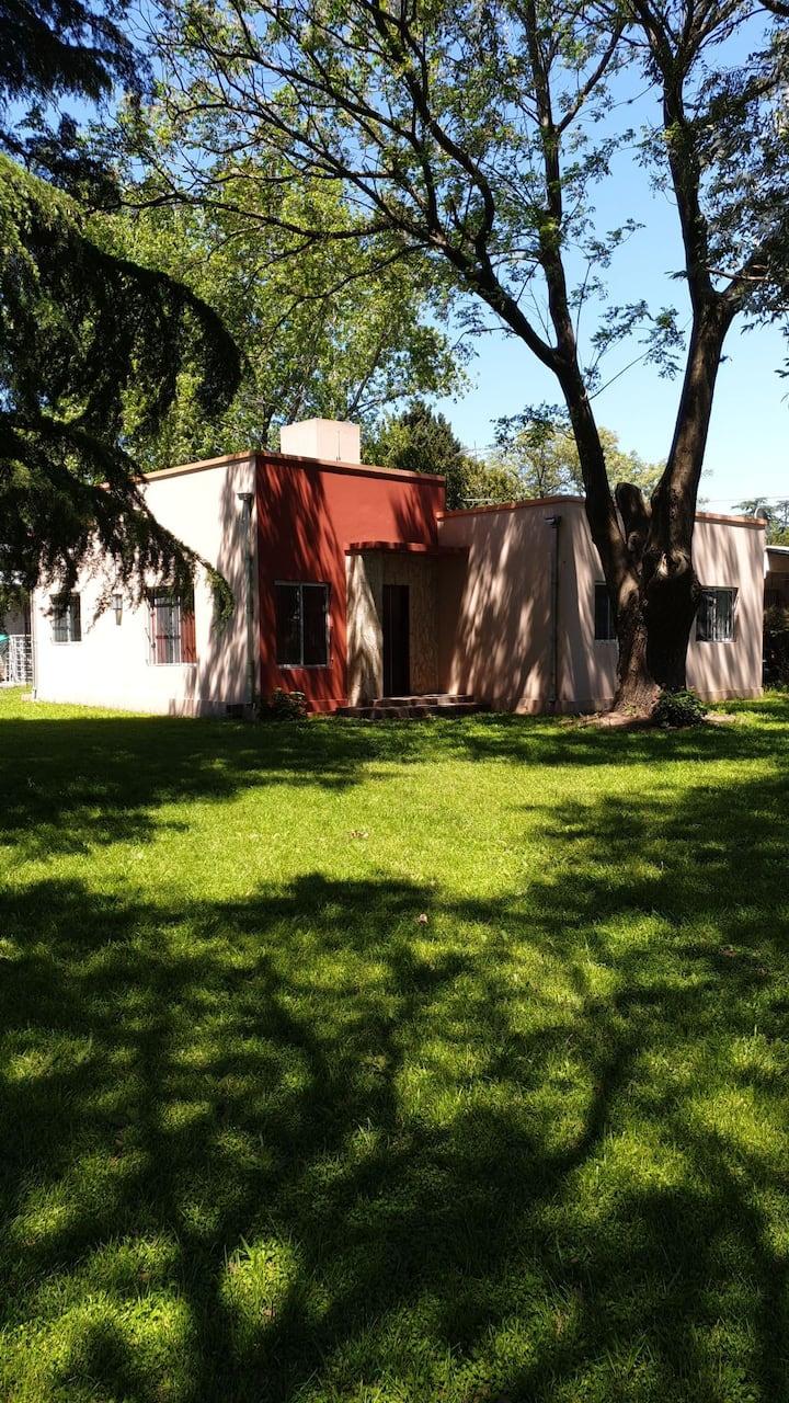 Cabaña Casa Quinta con Piscina y Parque Abolado
