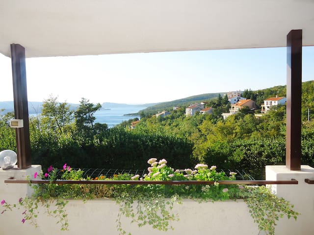 Apartment Ivanica with amazing sea view