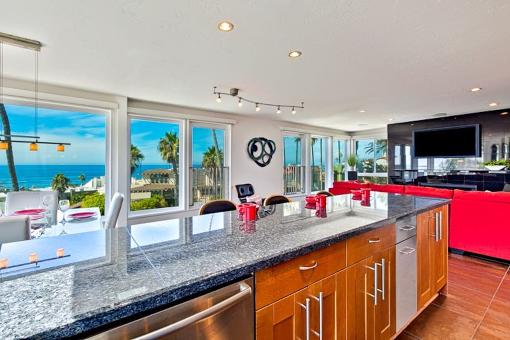 Breathtaking views of LaJolla Cove awaits you in the Perfect Penthouse condo home