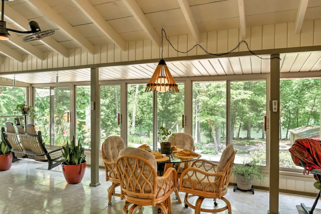 Enjoy the climate controlled sun room!