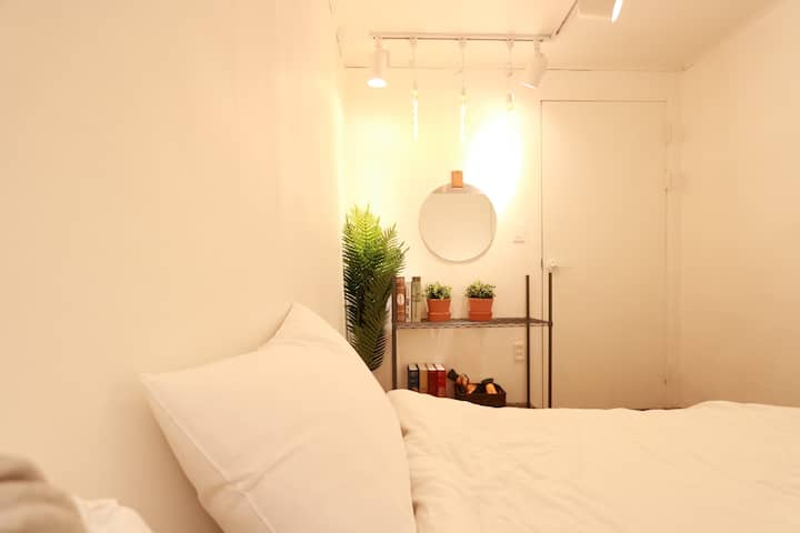 3★OZhouse★3min from hongdae station#private room
