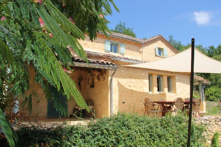 Chambre+petit déjeuner en Dordogne-Périgord Noir