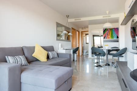 Beaches & Golf Apartment!Cala Mijas - La Cala de Mijas