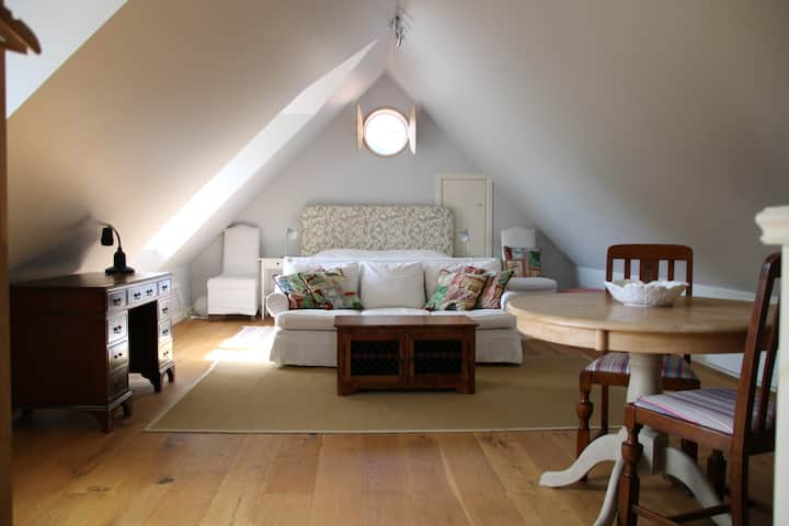 Charming and bright self contained loft