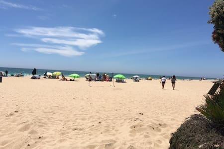 Playa de la Costilla Centro Historico! - Rota - Byt