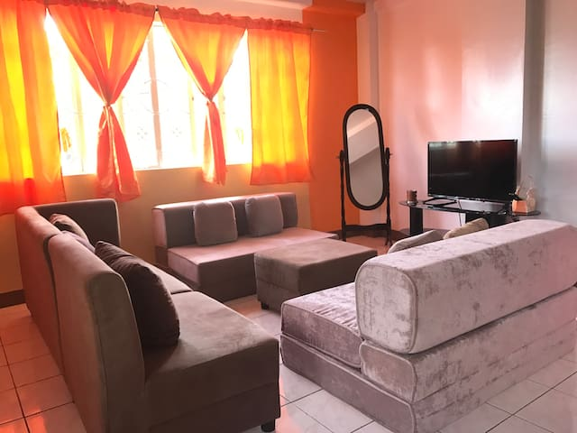 2-Bedroom Apartment Best for Group and Family - Baguio - Huoneisto