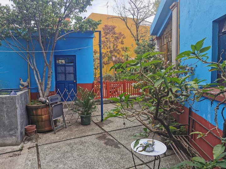 Charming independent space w/kitchen and terrace.