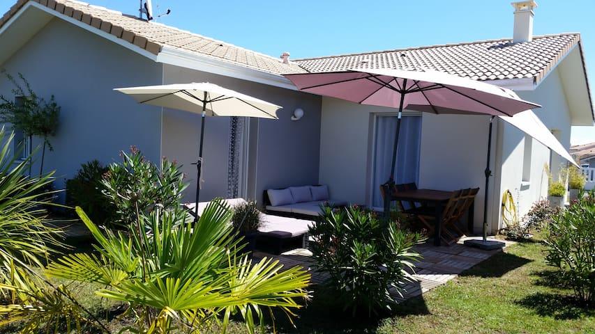 Maison confortable 20' des plages - Saubusse - House