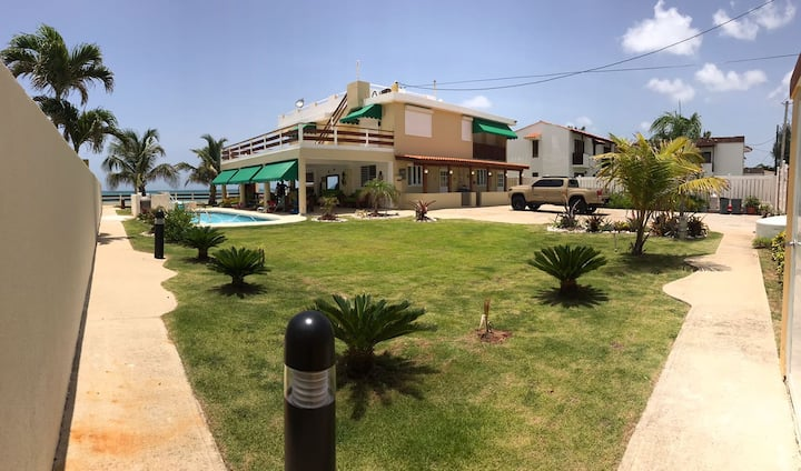 La orilla beach house