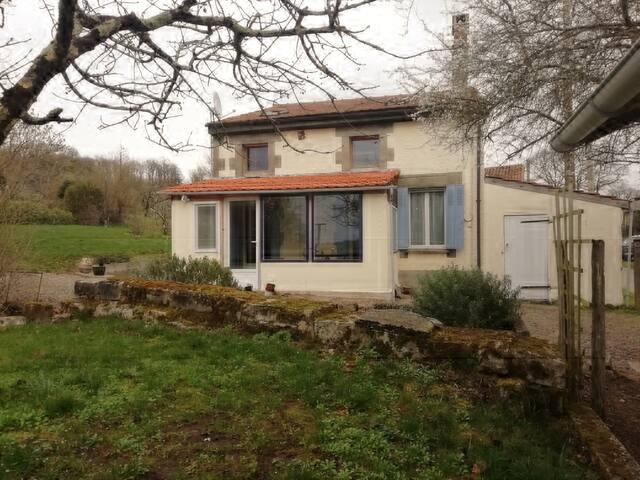 Jolie maison de campagne.