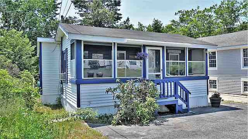 Newly remodeled-Beach Bungalow, Saco, ME