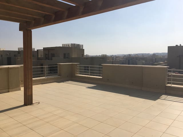 Amazing Penthouse with Views (AUC)