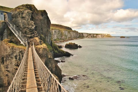 Carrick-a-Rede Rooms, Ballintoy, King-size
