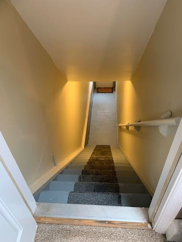 Stairs (16) leading to private entrance