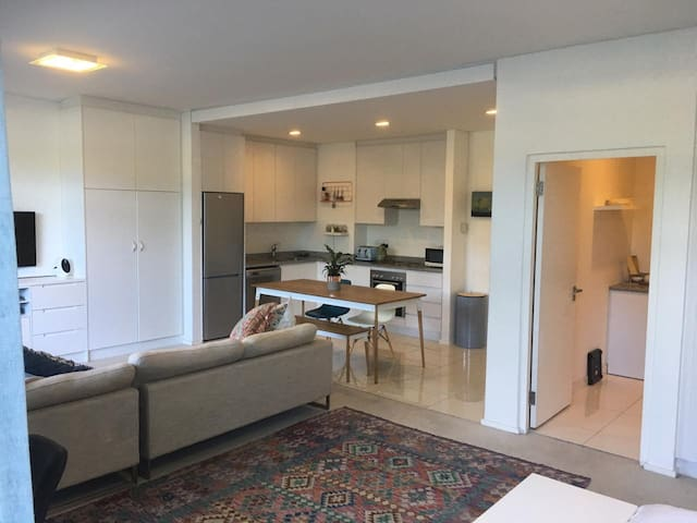 Open & Light Studio Apartment in Claremont