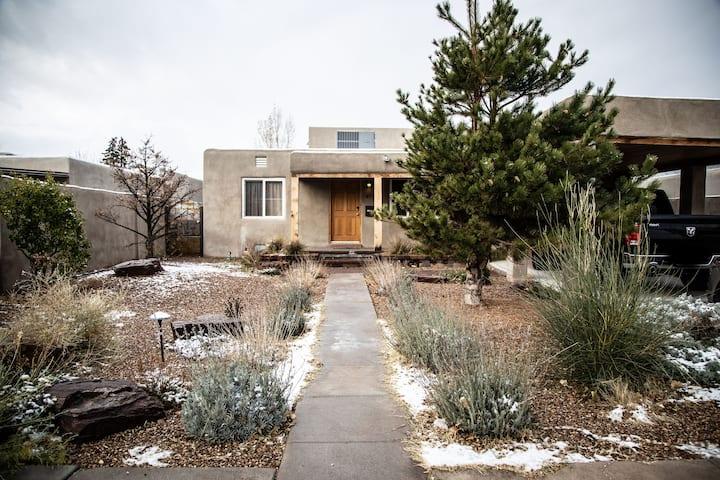Modern home by Nob Hill