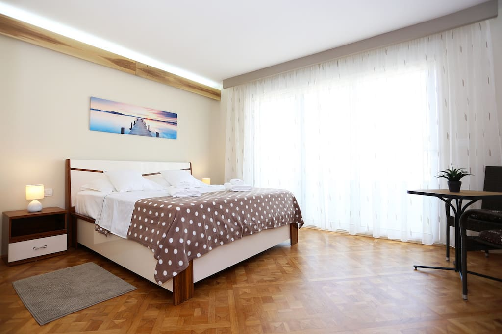 Piazza rooms zadar old town room 1 chambres d 39 h tes for Chambre hote zadar