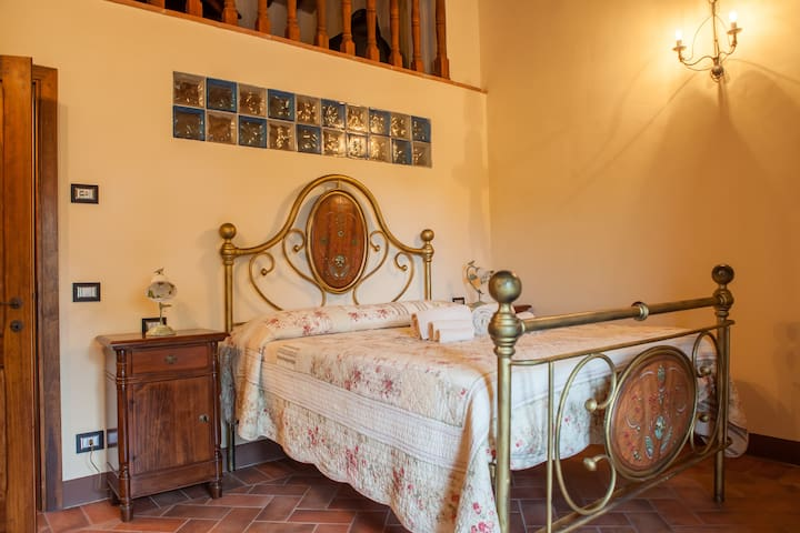 Splendid apartment in Tuscany - โซวิซิล