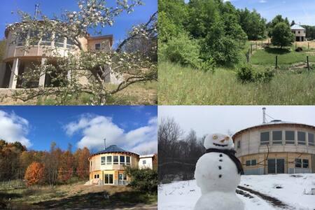 Wooden Round Home **Spring Retreat**